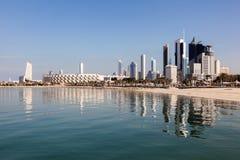 Horisont av Kuwait City Royaltyfria Bilder
