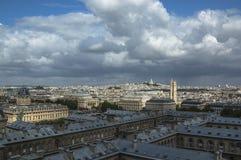Horisont av Paris från Notre Dame Arkivbilder