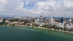 Horisont av Pattaya från flyg- sikt, Pattaya stad, Chonburi Arkivfoton