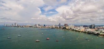 Horisont av Pattaya från flyg- sikt, Pattaya stad, Chonburi Royaltyfri Foto