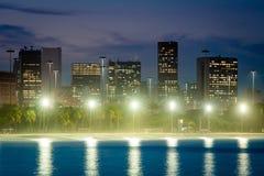 Horisont av Rio de Janeiro City Downtown vid skymning arkivbild