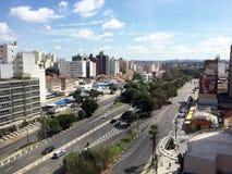 Horisont av staden av Campinas royaltyfri fotografi