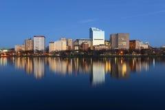 Horisont Boston för västra slut på natten, USA Arkivbild