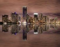 horisont för bayfrontmiami natt Royaltyfri Foto