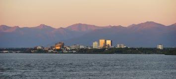 Horisont för kockInlet Anchorage Alaksa i stadens centrum stad Royaltyfri Fotografi