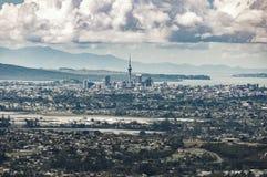 Horisont för område Auckland för central affär Royaltyfri Foto