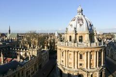 Horisont för Oxford universitet för Bodleian arkivbyggnad Royaltyfri Foto
