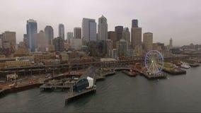 Horisont för Seattle strandPier Puget Sound Rush Hour i stadens centrum stad arkivfilmer