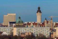 Horisont Leipzig med tornet av stadshuset Arkivbild
