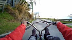 Horisont luge bilen i Queenstown, Nya Zeeland arkivfilmer