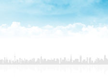 Horisont och blå himmel med moln Royaltyfri Foto