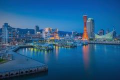 Horisont och port av Kobe Tower Kansai Arkivbild