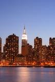 horisont york för stadsmanhattan ny natt Fotografering för Bildbyråer