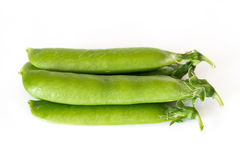 Horisontal heap of peas  on white background Royalty Free Stock Photography