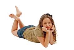 Tonårs- flicka som poserar och ler på kameran Arkivfoton