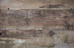 Horisontalbakgrund för gammal trägrunge royaltyfria foton