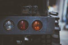 Horisontalfoto av svansljus för bil 4x4 Arkivfoto