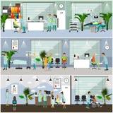 Horisontalvektorbaner med doktorer och sjukhusinre stetoskop för pengar för begreppsliesmedicin set Patienter som passerar upp de Royaltyfri Foto