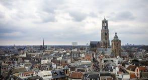 Horisontsikt av staden av Utrecht Arkivbilder