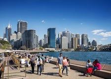 Horizon central de secteur de Sydney CBD et quai circulaire dans l'Australie Images stock