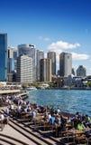 Horizon central de secteur de Sydney CBD et quai circulaire dans l'Australie Photographie stock libre de droits