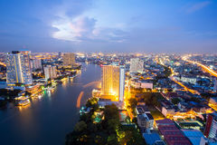 Horizon de Bangkok au crépuscule Image stock