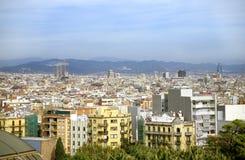 Horizon de Barcelone avec Sagrada Photographie stock libre de droits