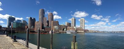 Horizon de Boston de panorama Photographie stock