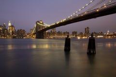 horizon de Brooklyn Manhattan de passerelle Photos libres de droits
