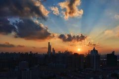 Horizon de Changhaï au crépuscule image libre de droits