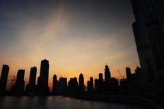 Horizon de coucher du soleil de Dubaï Photos stock