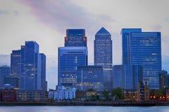 Horizon de coucher du soleil de Londres Canary Wharf Photographie stock libre de droits