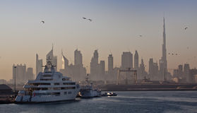 Horizon de Dubaï image libre de droits