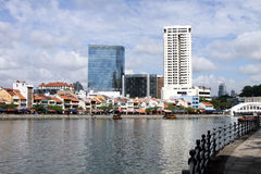 Horizon de fleuve et de ville de Singapour Photos libres de droits