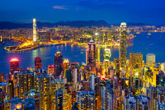Horizon de Hong Kong la nuit Images stock