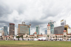 Horizon de Kuala Lumpur autour de place de Merdeka Image stock