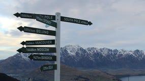 Horizon de la Nouvelle Zélande de montagnes de Queenstown images stock