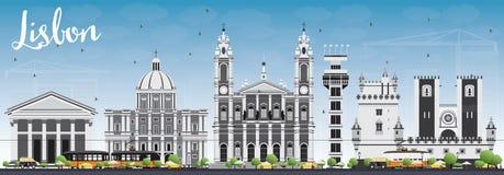 Horizon de Lisbonne avec Gray Buildings et le ciel bleu Photos libres de droits