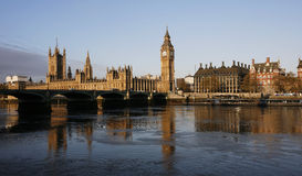 Horizon de Londres, palais de Westminster Photos stock