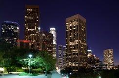 Horizon de Los Angeles la nuit images stock