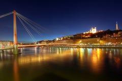 Horizon de Lyon avec le Gateway de tribunal, France photo libre de droits