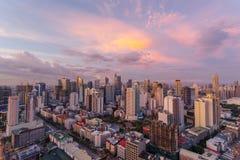 Horizon de Makati au coucher du soleil Makati est une ville aux Philippines Photo libre de droits