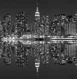 Horizon de Manhattan la nuit, New York City Photo libre de droits