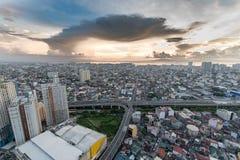 Horizon de Manille de métro au coucher du soleil Photos libres de droits