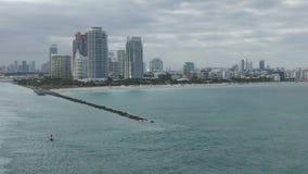 Horizon de Miami Beach la Floride banque de vidéos