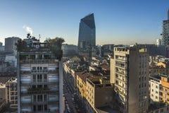 Horizon de Milan avec les gratte-ciel modernes au district des affaires de Porto Nuovo, Italie image stock