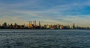 Horizon de New York Cityview Manhattan avec l'Empire State Building photo stock
