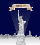 Horizon de New York, Etats-Unis Silhouette de ville de NYC avec le monument de liberté Photographie stock libre de droits
