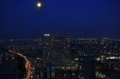 Horizon de nuit de Fukuoka photographie stock libre de droits