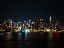 Horizon de nuit de New York City Photo libre de droits